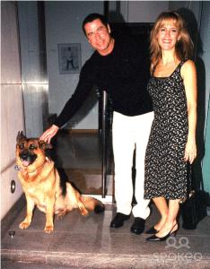 John Travolta Gil mit Oscar Schindler Gill.